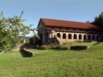 Ansicht auf die Römische Villa in Longuich.